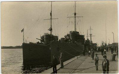 Igaunijas kara kuģi Rīgā