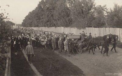 Jēkabpils. Aizsargu pulka komandiera Borodovska bēres