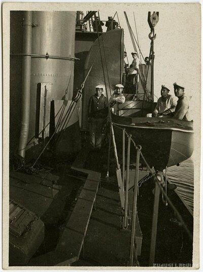 Latvijas kara jūrnieki uz kuģa