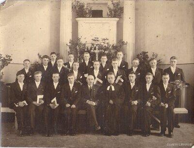 Liezēres baznīca. 1932.gada iesvētāmie