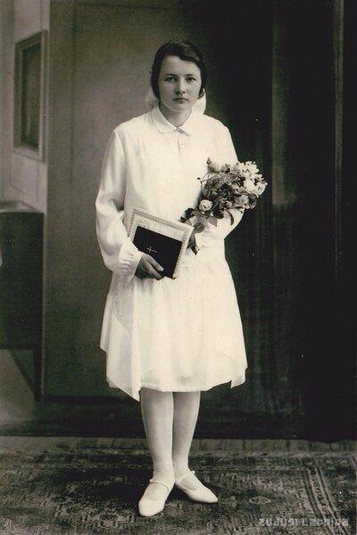 Elza Valentīna Cīrule iesvētību dienā Limbažos