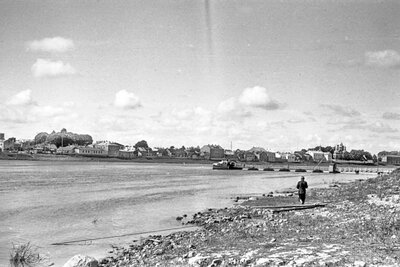 Jēkabpils. Kuģītis Gulbis piestātnē Krustpils pusē