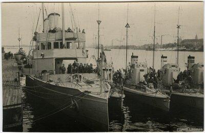 Zviedru flotile Rīgā
