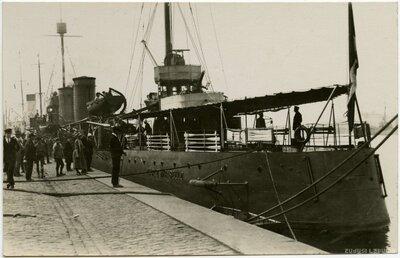 Itālijas kara kuģis