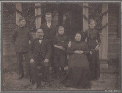 Brenguļu pagasts. Pētera Laursona ģimene