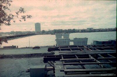 Rīga. Pontonu tilts un Vanšu tilts