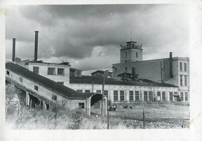 Baložu kūdras fabrikas izolācijas plašu cehs