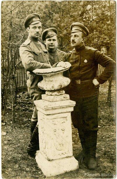 8.Valmieras latviešu strēlnieku bataljona ložmetēju komandas strēlnieki