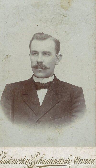 Vīrieša portrets
