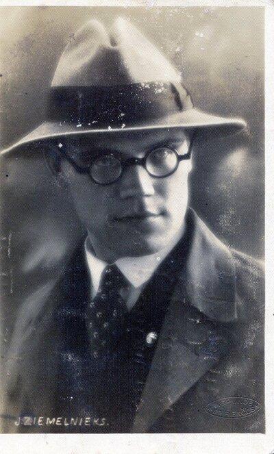 Dzejnieks Jānis Ziemeļnieks