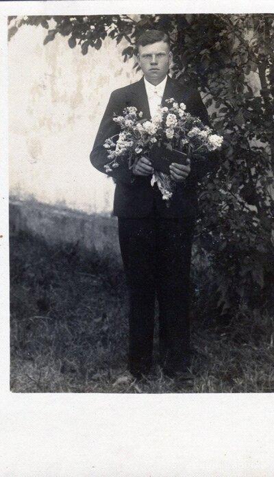 Ludvigs Rikmanis savā iesvētību dienā