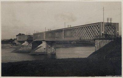 Daugavpils. Dzelzceļa tilts pār Daugavu