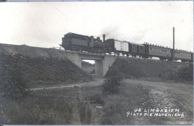 Dzelzceļa tilts pie Muceniekiem