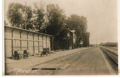 Auces dzelzceļa stacija