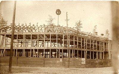 Limbaži. Hincenberga mājas celtniecība Rīgas un Cēsu ielu stūrī