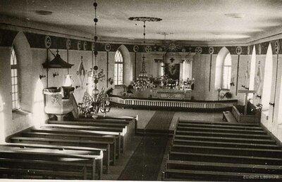 Alojas luterāņu baznīca. Altāris