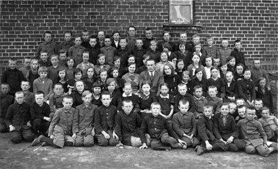 Biržu-Muižgala 6-klasīgās pamatskolas skolēni