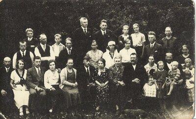 Olgas Niedrītes un Jāņa Medņa kāzas