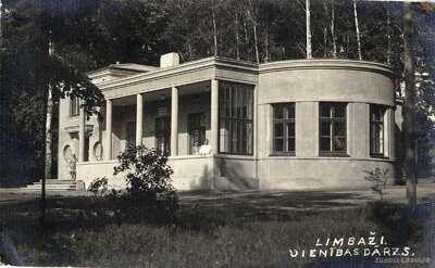 Limbažu parka paviljons