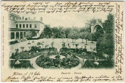 Jelgavas Amatnieku biedrības ēka ar verandu, dārzu un koncertestrādi
