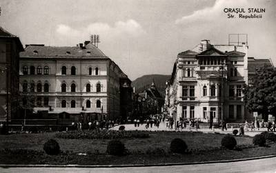 Oraşul Stalin : str. Republicii [material iconografic]