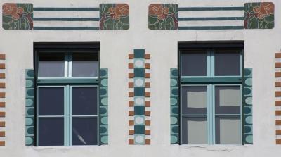 Hauptamnn's House, Ljubljana, Tile work (detail) on exterior