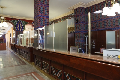 Cooperative Bank, Ljubljana, Interior with counters