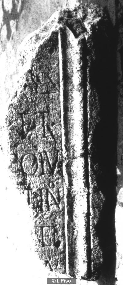 Grabinschrift auf Basis