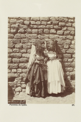 Fotografi. Kvinnor från Djelfa, Algeriet.