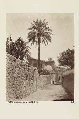 Fotografi. Liten moské i gamla Biskra, Algeriet.