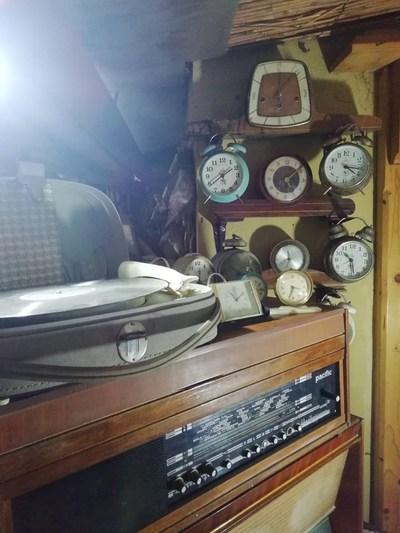 Aparate radio și ceasuri