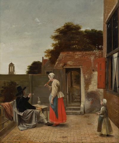 Een binnenplaats met een rokende man en een drinkende vrouw