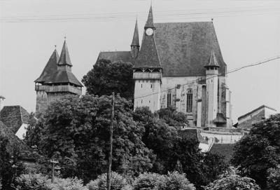 Kirchenwehranlage (15. Jahrhundert) des ehemaligen Bischofssitzes der Evangelisch-Altsächsischen Kirche