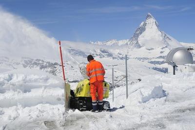 Zermatt - Matterhorn mit Schneefräse