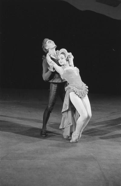 Szenenbilder aus dem Ballett