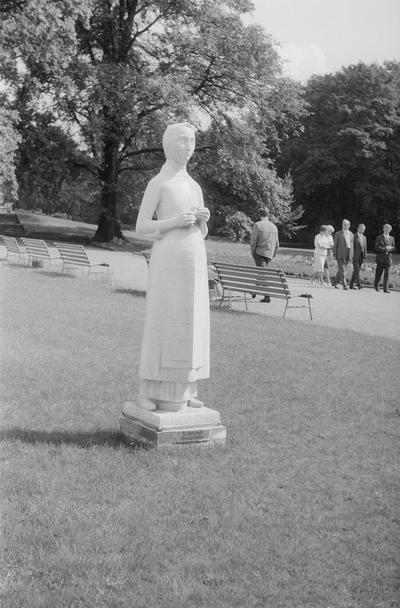 Skulpturenausstellung im Treptower Park