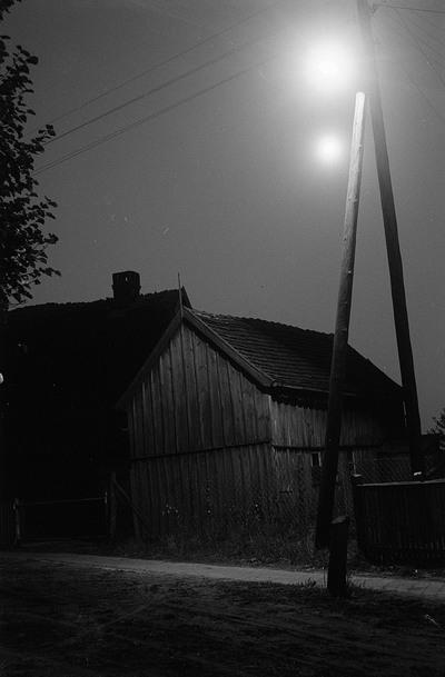 Darßer Landschaft, Häuser bei Dunkelheit