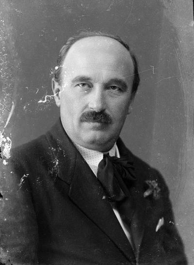 Dr. Espersit János (1879-1931)