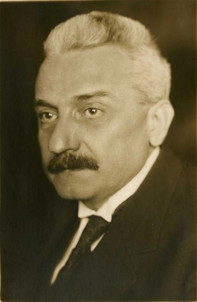 Warga László (1878-1952), építész, műegyetemi tanár