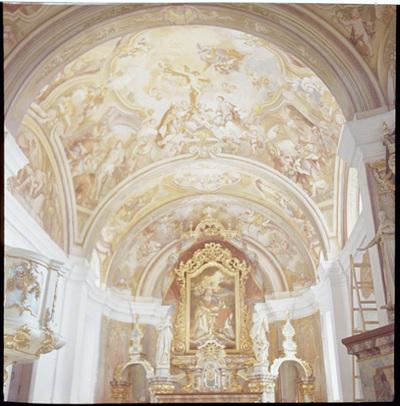 Groblje - Cerkev sv. Mohorja in Fortunata, fotografija