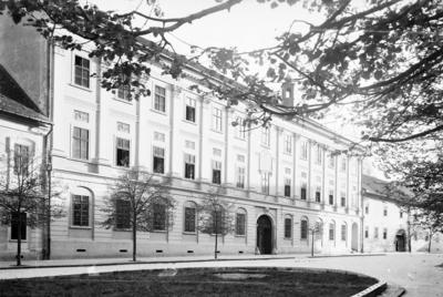 Liceul Teoretic Báthory István (strada Mihail Kogălniceanu)