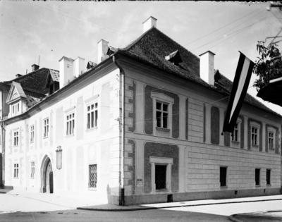 Casa Matia (strada Matei Corvin)