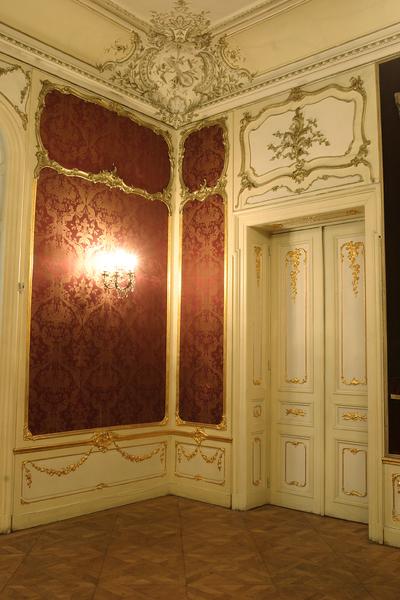 Interior al Muzeului de Artă din Craiova_88