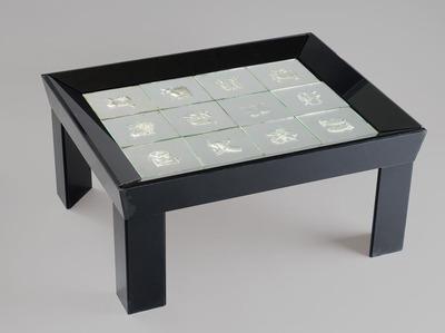 Asztal - A zodiákus jegyeivel