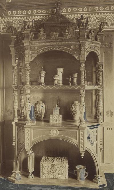 Pohárszék - pohárszék a millenniumi kiállítás ún. királyszobájában