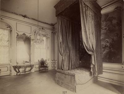 Kiállításfotó - a fertődi Esterházy-kastély ún. Mária Terézia-szobájának rekonstrukciója a millenniumi kiállításon