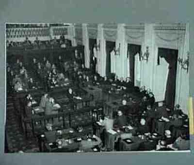 Regeringsverklaring kabinet Drees I Plaats personen aangegeven bij foto