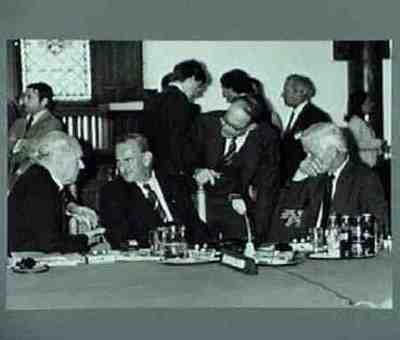 Conference of ministers of the West-European Union Fltr: Longerstaey, vd Klaauw, ?, vd Mei