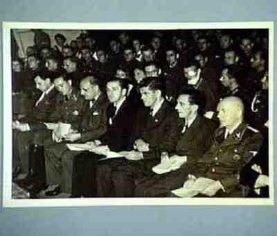 Goebbels beim Wehrmachtswunschkonzert Rechts: Glasmaier, links: Berndt