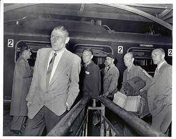 Nederlandse krijgsgevangenen keren terug uit de Sovjet Unie